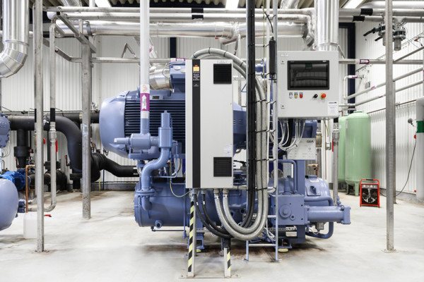 Industrial Refrigeration Heat pumps and Compressors for Polar Engineering